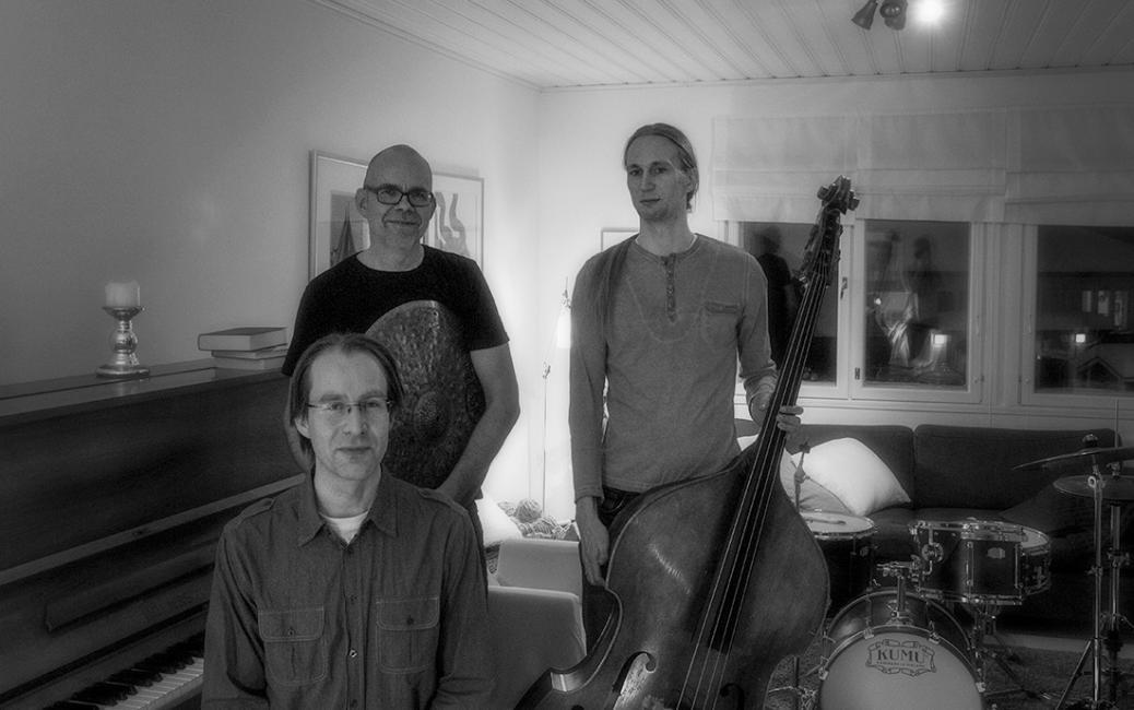 Tommi Jalo Trio
